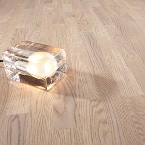 προγυαλισμένο δάπεδο,oak select vanillia matt 3 strip